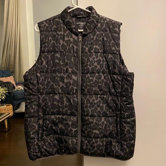 Leopard pattern vest XL